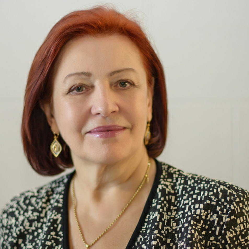 Dr. Antonina Pakharenko-Anderson