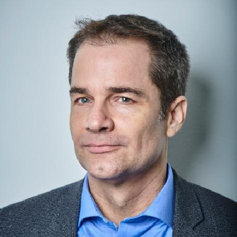 Dr. Philipp Aerni