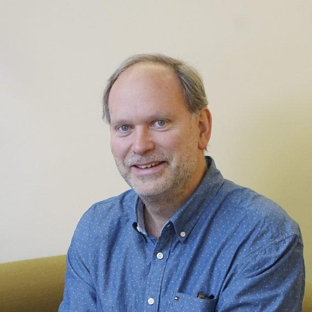 Dr. Robert Boehm
